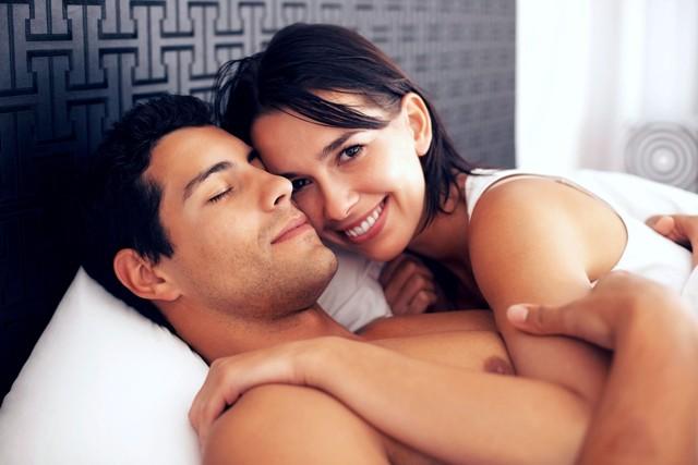 Анальный трах без презерватива в разных позах  426819