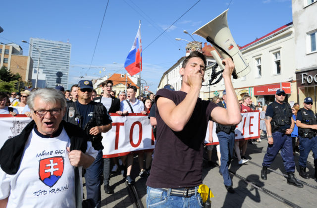 Slovensko čaká ďalší pochod proti korupcii, iniciatívu študentov podporujú vedci aj učitelia