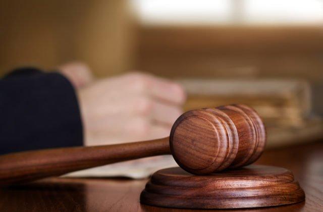 Odsúdili ženu, ktorá zabila priateľa a dala si vytetovať dátum jeho smrti