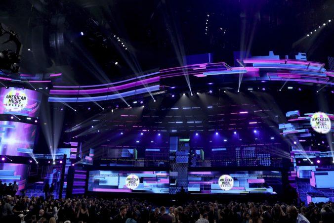 Udeľovanie American Music Awards ovládol Bruno Mars, najlepšou skladbou aj Despacito