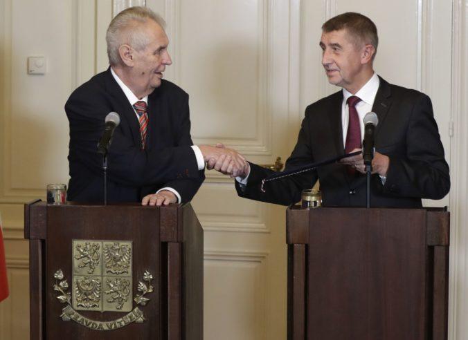 Rokovania o novej vláde budú podľa Zemana trvať tri mesiace, predpokladá menšinový kabinet