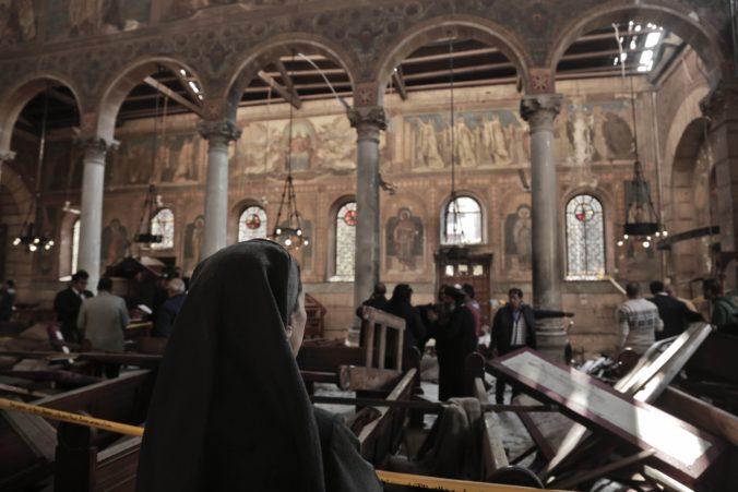 Militanti zaútočili na mešitu v meste Bir el-Abd, zahynuli desiatky ľudí