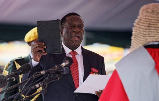 Video: Emmerson Mnangagwa zložil prezidentský sľub, svoju funkciu zasvätí blahobytu ľudu