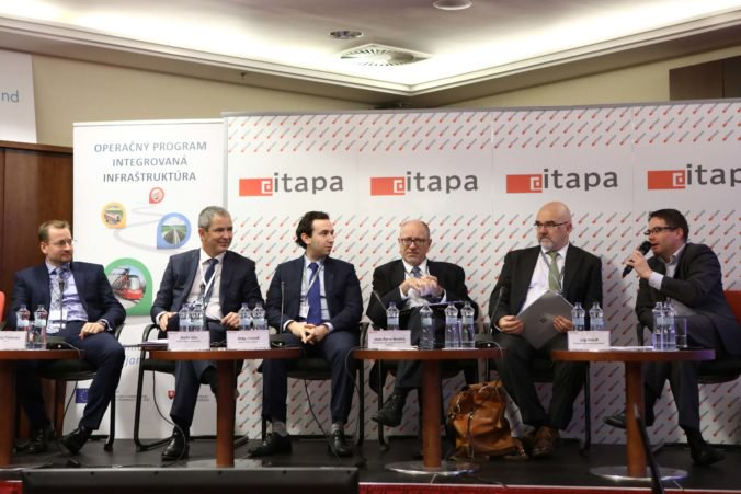 Kyberbezpečnosť na ITAPA 2017: Každý človek musí chrániť sám seba a svoje zariadenia, nedá sa spoliehať len na štát