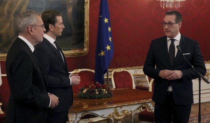 Rakúski Ľudovci a Slobodní predložili koaličnú dohodu prezidentovi, majú dobrý a silný tím