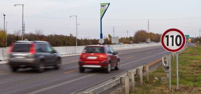 Motoristi si už môžu kúpiť elektronické diaľničné známky, ich typy ani cena sa nezmenili