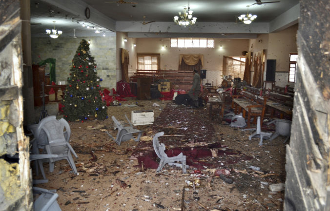 Dvaja samovražední atentátnici vtrhli na bohoslužbu v meste Kvéta