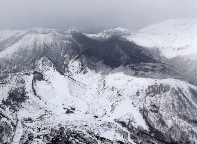 Japonská sopka Kusacu-Širane vybuchla, niekoľko ľudí je zranených