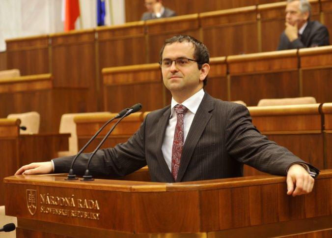 Ústavnoprávny výbor chce mať lepšiu predstavu o situácii, ich rokovanie prebehne vo väznici