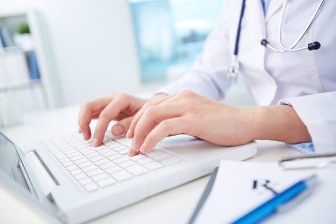 Ministerstvo zdravotníctva odmieta politizovanie a šírenie poplašných správ o systéme e-Zdravie
