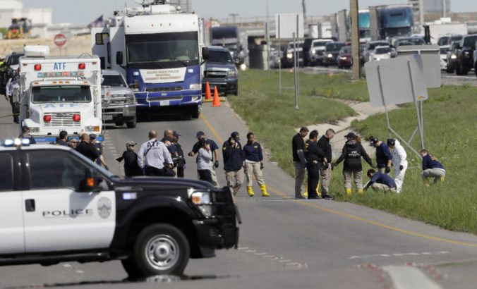 Polícia indentifikovala údajného strojcu balíkových bômb z Texasu, motív činu zostáva nejasný