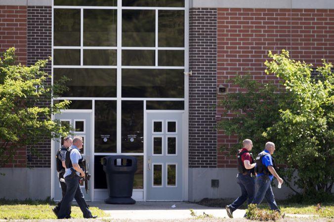Došlo k ďalšej streľbe na americkej strednej škole, incident sa nezaobišiel bez zranení