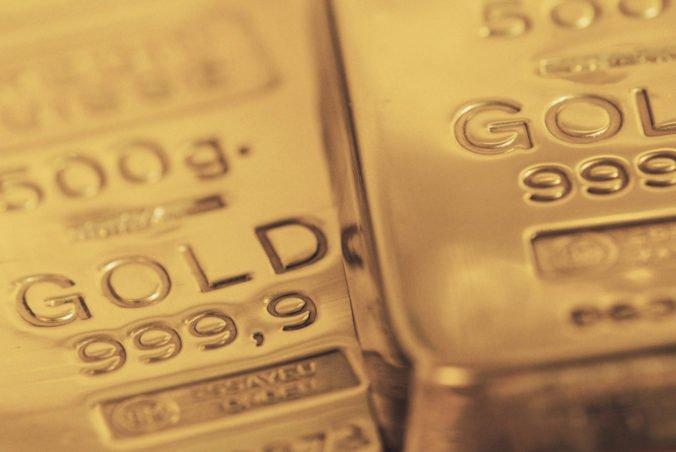 Ľahká americká ropa zlacnela, znížila sa aj cena zlata a striebra