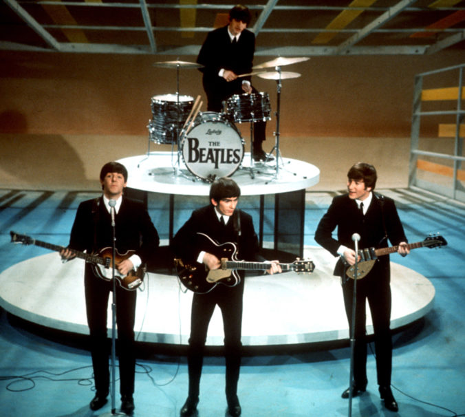Autá členov The Beatles Paula McCartneyho a Johna Lennona pôjdu do dražby