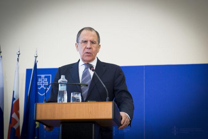 Sankcie podľa Lavrova poškodia dolár ako rezervu, Rusko a Turecko použijú na obchod národné meny
