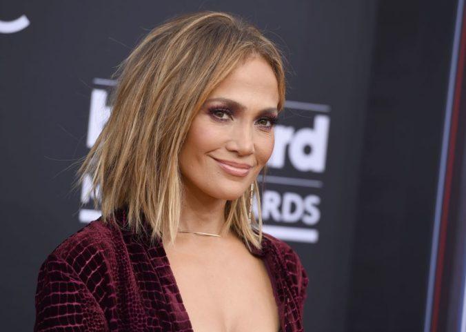 Jennifer Lopez si zahrá striptérku v projekte Hustlers
