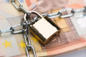 Neoprávnené odpočty DPH prostredníctvom bielych koní pripravili štát o 153 000 eur