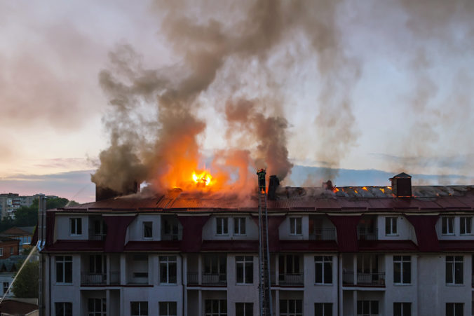 V starobinci v Čile vypukol požiar, besnenie plameňov prežilo len niekoľko jeho obyvateľov