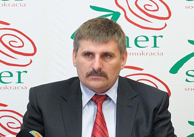 Ja som nič neurobil, tvrdí bývalý smerák Štefek a odmieta obvinenie z nepriamej korupcie