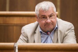 SaS vyzýva Érseka, aby odvolal riaditeľa ŽSR a vedenie ZSSK, apelujú aj na zvýšenie bezpečnosti