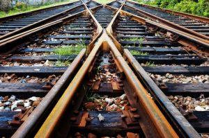 Požiar vlaku pri Galante spôsobil škody na dvoch kilometroch trate, železnice stále pracujú na ich odstránení
