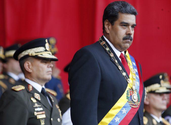 Do pokusu o atentát na prezidenta Madura mohli byť podľa vlády zapojení zahraniční diplomati