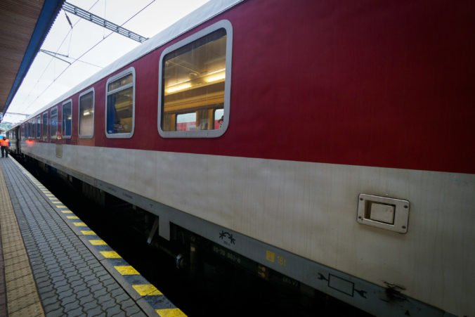 Európska komisia obvinila slovenské železnice, že jej bránili v inšpekcii
