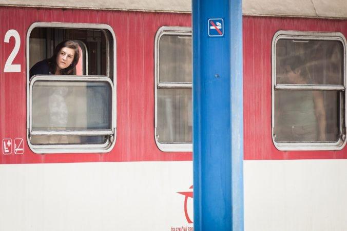 Železnice Slovenskej republiky upozorňujú na výluky, cestujúcich odvezú autobusy