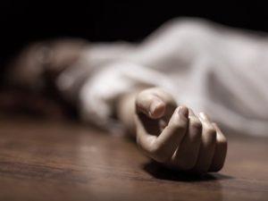 Mŕtva žena ležala v byte na Narcisovej ulici v Bratislave, polícia zadržala podozrivú osobu