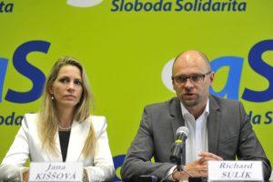 Slovensku hrozí spor s Európskou komisiou, podľa SaS môže za osobitný odvod pre obchodné reťazce