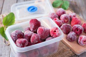 Mrazené jahody z Poľska môžu byť zdrojom hepatitídy A a vyskytovať sa aj na Slovensku