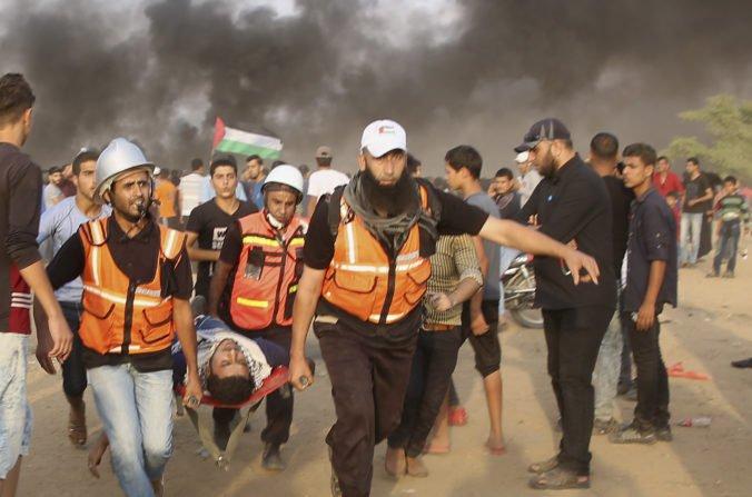 Palestínčania zaútočili na hranici Pásma Gazy, odpoveď Izraela si vyžiadala desiatky zranených