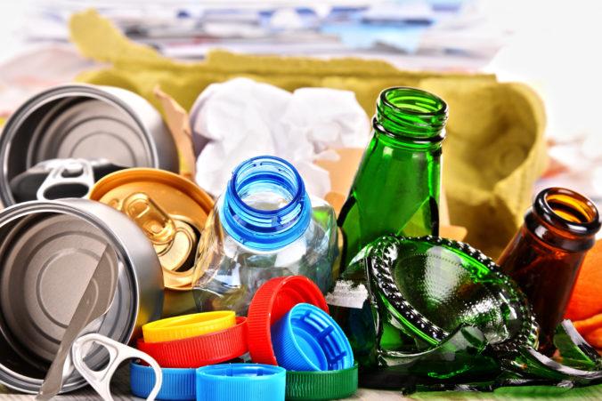 ***Dunaj podľa odhadov ročne priplaví do Čierneho mora až 1550 ton plastov***