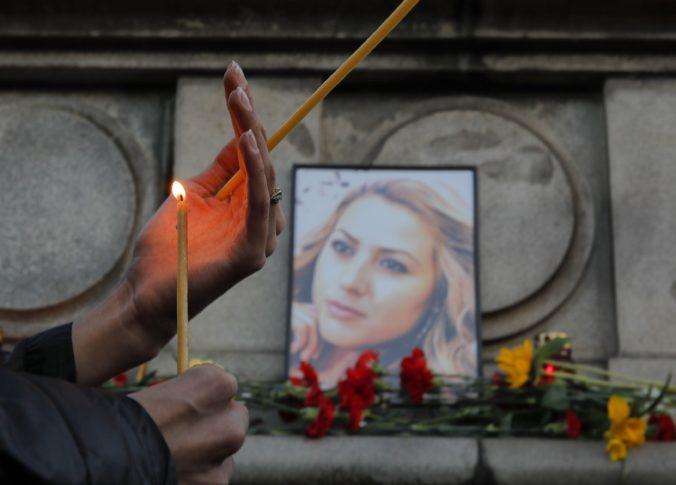 Nemecko vydalo podozrivého z vraždy novinárky Marinovovej
