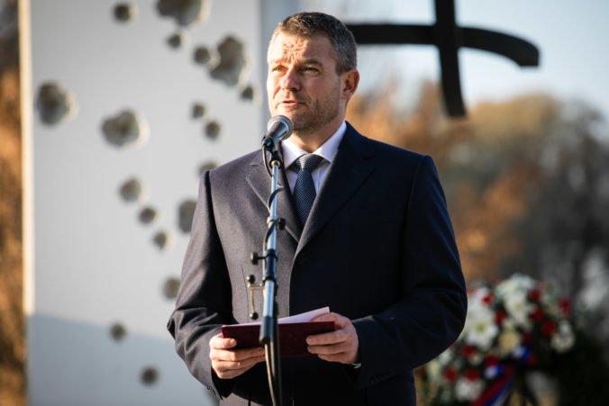 Koaličná strana Smer pripomenula, že vďaka novembru 1989 sa mohlo vydať Slovensko vlastnou cestou