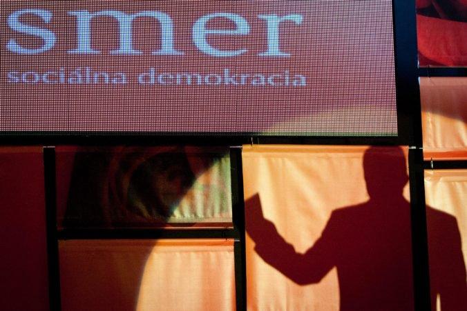 Anonymné trestné oznámenie na organizátorov protestov podal človek blízky SaS, napísala strana SMER-SD