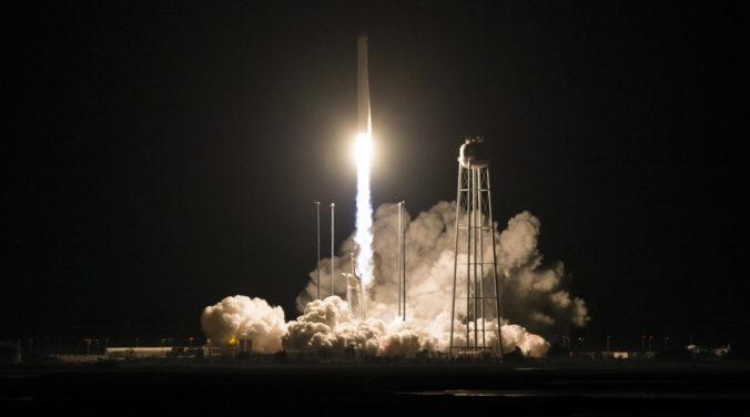 Raketa so zásobami mieri na Medzinárodnú vesmírnu stanicu, pre astronautov vezie aj zmrzlinu