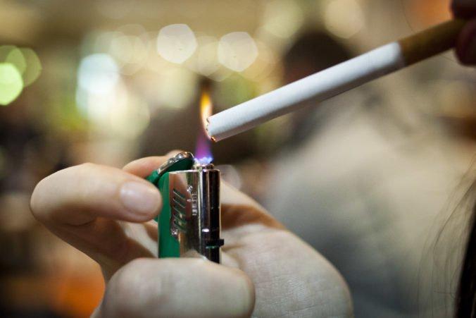 Švédsko chce byť do roku 2025 nefajčiarskou krajinou, rozširuje zákaz fajčenia na ďalšie miesta