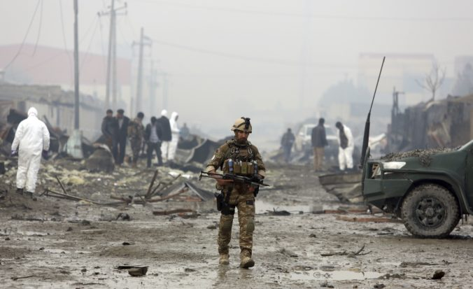 Video: Taliban zabíjal v Kábule, medzi obeťami samovražedného útoku sú aj deti