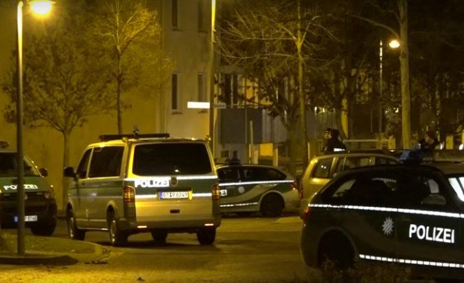 Video: V Bambergu zatkli migrantov z Eritrey, do policajtov hádzali dlažobné kocky