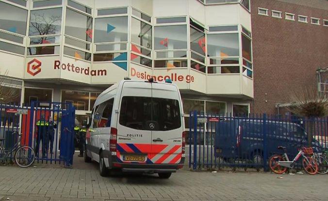 Video: Pri strednej škole v Rotterdame zastrelili tínedžerku, obeť sa s útočníkom poznala